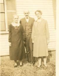 Martha Hoyt, son Frank Hoyt, Lucille Rowe