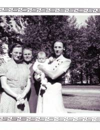 JessenSophia-four-generations.jpg